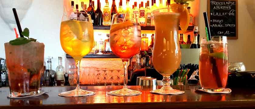 Parkhotel Beau Site, Zermatt, Switzerland - cocktails.jpg